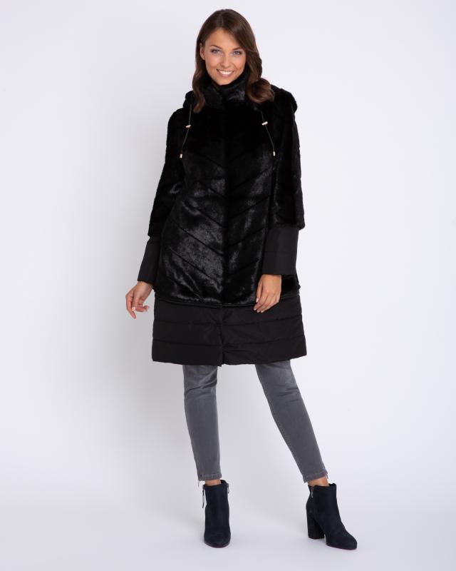 Пальто, р. 50, цвет черный
