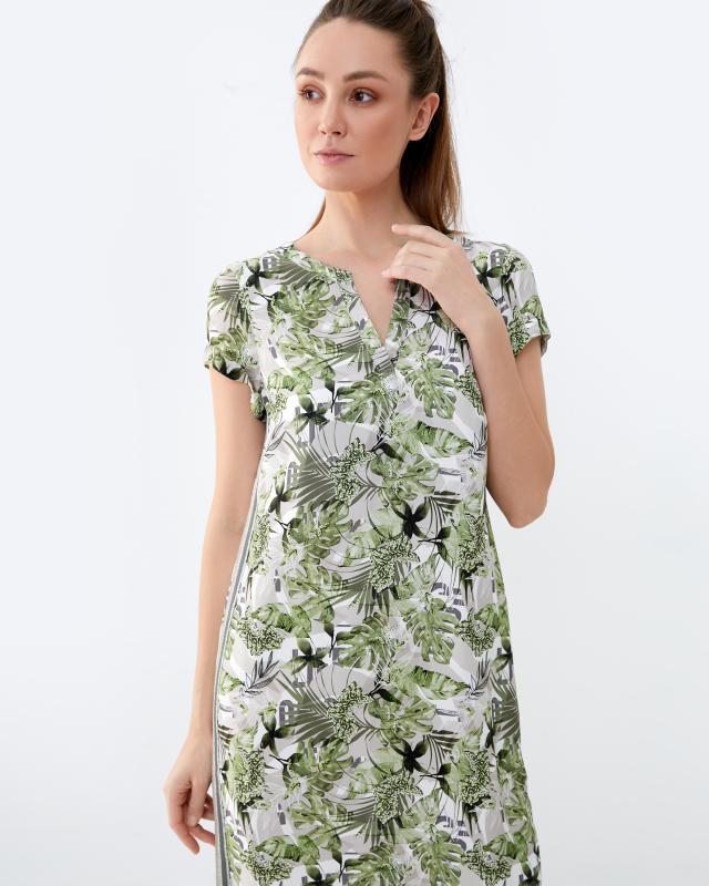 Платье, р. 60, цвет зеленый