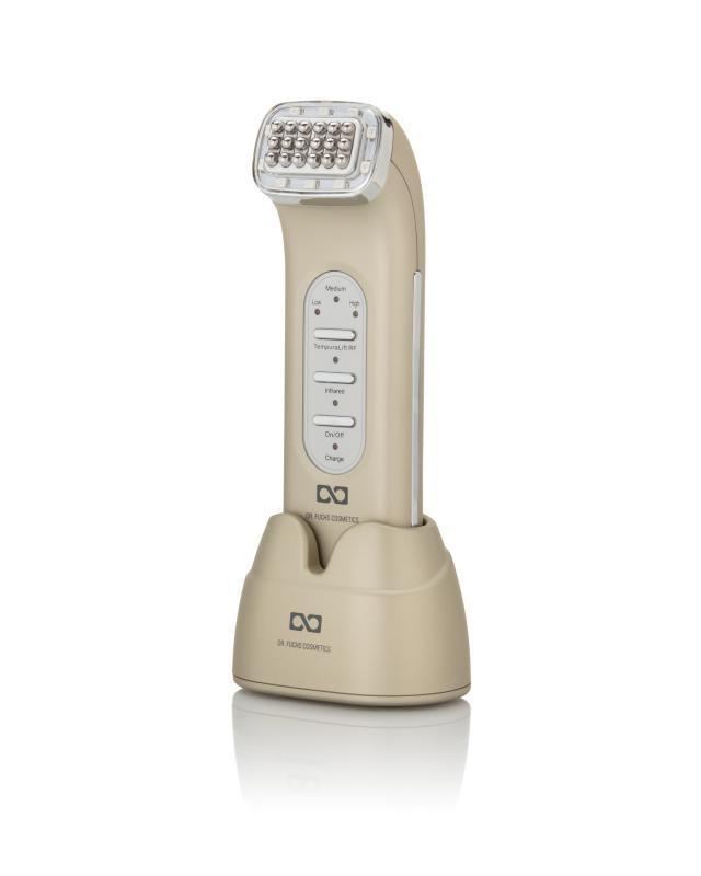 Фото - Прибор для лифтинга лица и шеи Dr. Fuchs прибор для ультразвукового очищения и лифтинга лица gess exotic 147