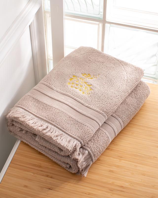 Комплект полотенец с вышивкой Peacock, 50х90 и 70х130 см Finera фото