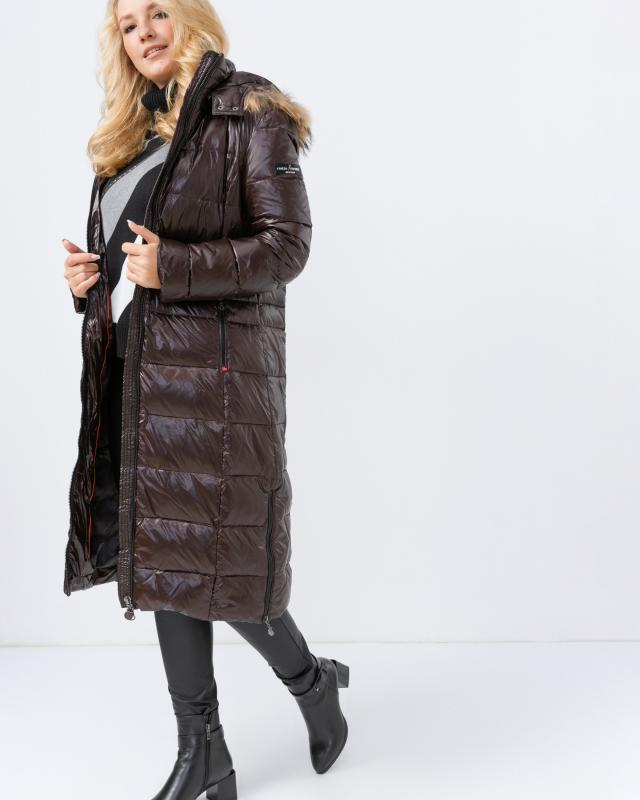 Пальто, р. 44, цвет шоколадный