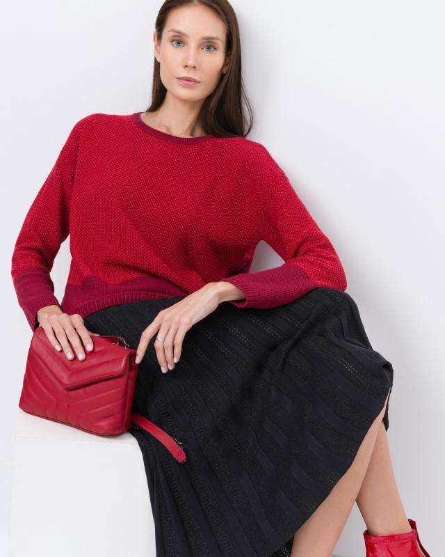 Пуловер, р. 50, цвет красный