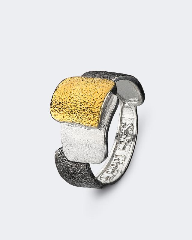 Серебряное кольцо из коллекции «Геометрия» Salto Gioielli lav z серебряное кольцо ruby из коллекции antique